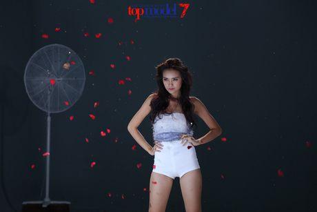 Hanh trinh but pha len ngoi quan quan Vietnam's Next Top Model cua Ngoc Chau - Anh 19