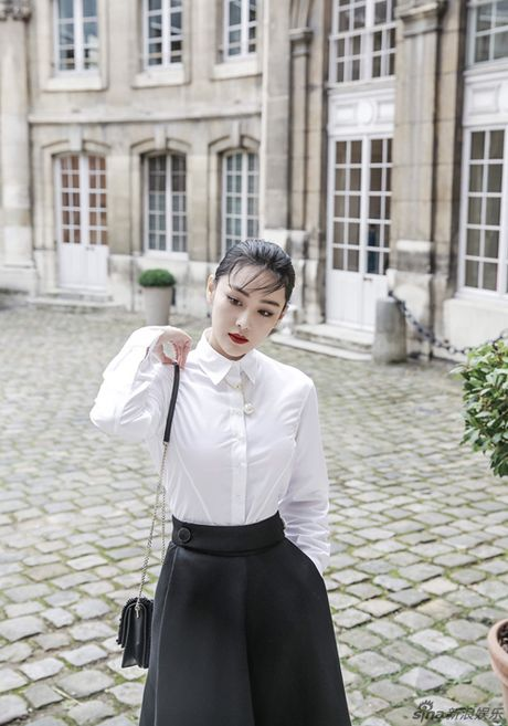 "Sao Hoa ngu rat phong cach tai ""Tuan le thoi trang Paris"" - Anh 3"