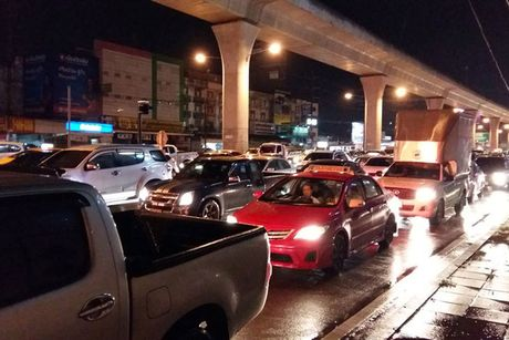 "Bangkok kho so trong ""ac mong"" bi bom - Anh 8"