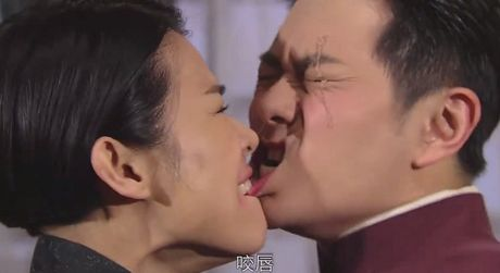 TVB gay tranh cai voi nhieu canh cuong buc tap the trong phim moi - Anh 4