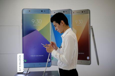 Trung Quoc to Samsung 'phan biet doi xu' trong viec thu hoi Note 7 - Anh 2