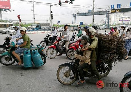 Hoang hon 'bay giet nguoi' co khap noi tren pho phuong Ha Noi - Anh 14