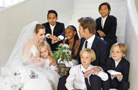 Angelina Jolie va Brad Pitt dat thoa thuan tam thoi ve con cai - Anh 2