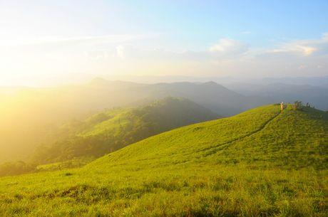 Cung duong trekking dep nhat Viet Nam 'hop hon' phuot thu - Anh 3