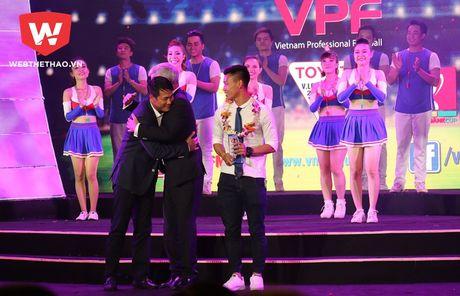HLV Le Thuy Hai: 'Sao lai khong ton trong anh Huu Thang?' - Anh 2