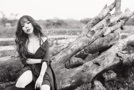 Minh Chuyen tung album moi sau khi len chuc ba chu - Anh 10