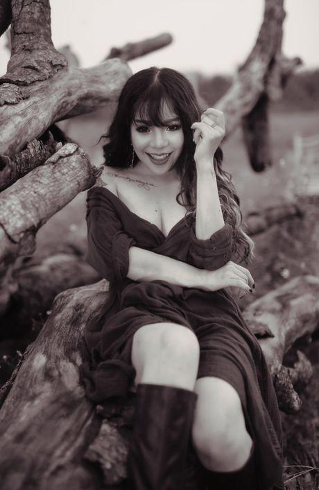 Minh Chuyen tung album moi sau khi len chuc ba chu - Anh 4