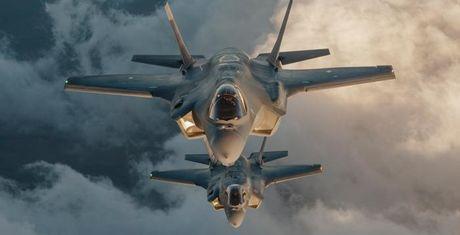 2030: Tiem kich tang hinh F-35 se ve Singapore - Anh 1