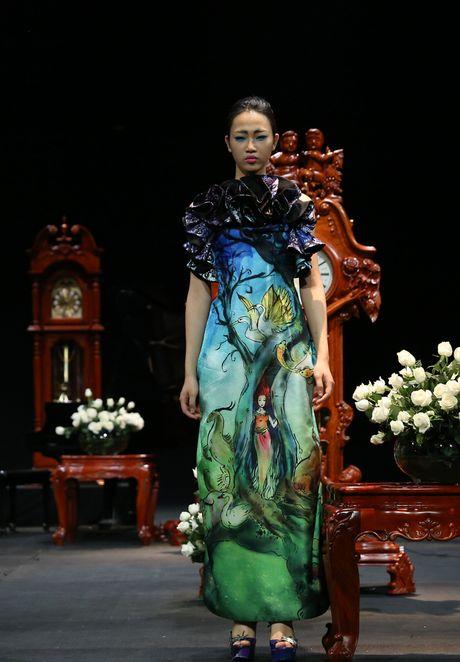 Vietnam Fashion Week Xuan He dem cuoi: Thoi gian lang dong - Anh 6