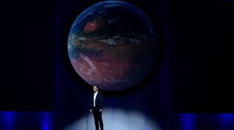 Vua doi chinh phuc sao Hoa, vua ngoi nghi cach ban xe Tesla, Elon Musk dang 'tham lam' qua roi! - Anh 2