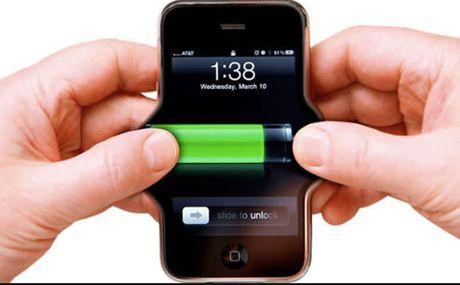 Hiep hoi Hoa hoc My chia se 3 meo keo dai thoi gian pin smartphone - Anh 1