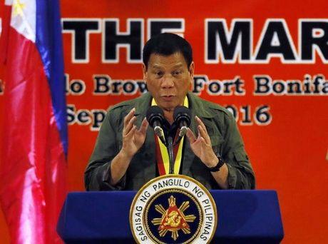 Tổng thống Philippines dọa rút khỏi Hiệp ước quốc phòng với Mỹ