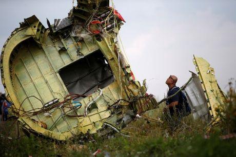 Vu ban roi MH17: Australia de xuat lap toa quoc te xet xu neu Nga khong hop tac - Anh 1