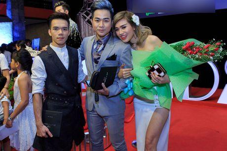 Quach Tuan Du lan dau khoe ban gai doanh nhan - Anh 7