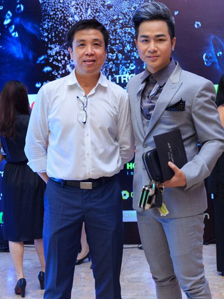 Quach Tuan Du lan dau khoe ban gai doanh nhan - Anh 8