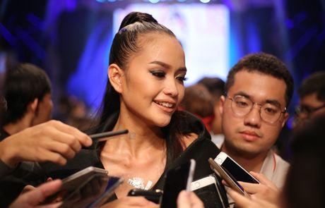 Hot girl cao 1,54 m: 'Toi thieu may man de dang quang Next Top' - Anh 2