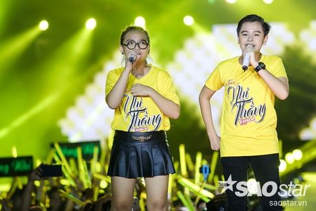 Hoc tro The Voice Kids 2016 chay het minh trong dem Liveshow dang cap cua Dong Nhi - Anh 7