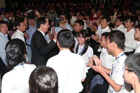 Chu tich nuoc Tran Dai Quang giai dap 3 cau hoi cua sinh vien - Anh 4