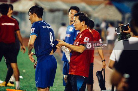 Cong Phuong khoe mai toc moi sanh dieu tren san tap - Anh 10