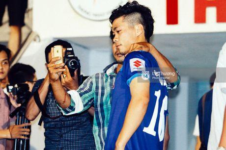 Cong Phuong khoe mai toc moi sanh dieu tren san tap - Anh 11