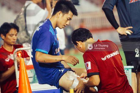 Cong Phuong khoe mai toc moi sanh dieu tren san tap - Anh 2