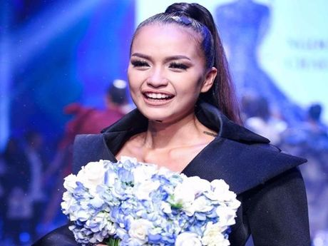 Ngoc Chau doat quan quan Vietnam's Next Top Model 2016 - Anh 1