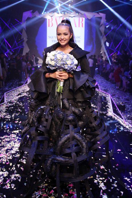 Ngoc Chau doat quan quan Vietnam's Next Top Model 2016 - Anh 20