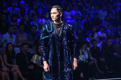 Man catwalk bi che tham hoa o chung ket Next Top Model - Anh 5
