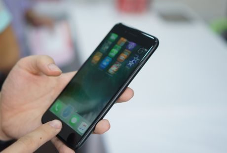 iPhone 7 Plus dung dau top 10 smartphone manh nhat the gioi - Anh 2