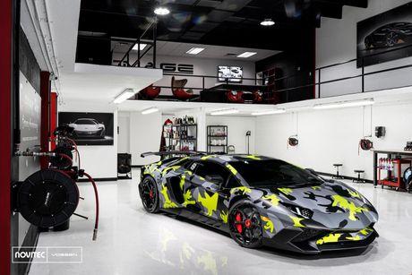 Lamborghini Aventador SV thay dien mao, do cong suat - Anh 1