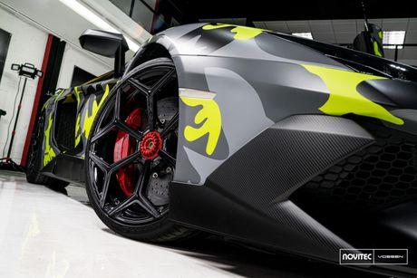 Lamborghini Aventador SV thay dien mao, do cong suat - Anh 5
