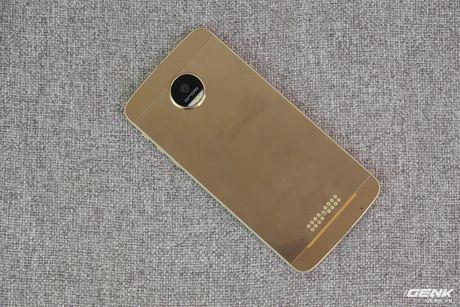 "Tren tay Lenovo Moto Z mong 5.2mm: ""Chat My"" con dau? - Anh 3"