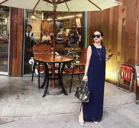 Thanh Hang lang xe ao khoac mua thu, Toc Tien 'ru' Luu Huong Giang dien do dong dieu - Anh 11