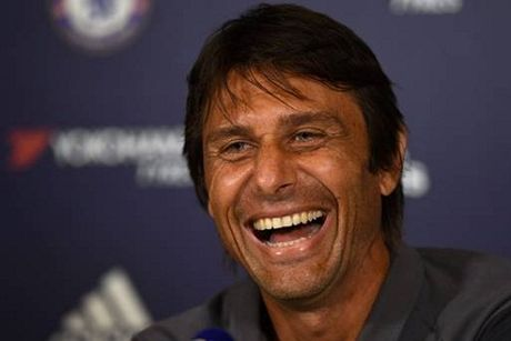 Chelsea co manh hon khi da 3 hau ve? - Anh 1