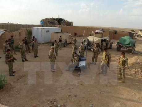 Afghanistan: 12 tay sung IS bi tieu diet o tinh Nangarhar - Anh 1