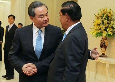 Tinh hinh ASEAN ung xu voi Trung Quoc o Bien Dong - Anh 2