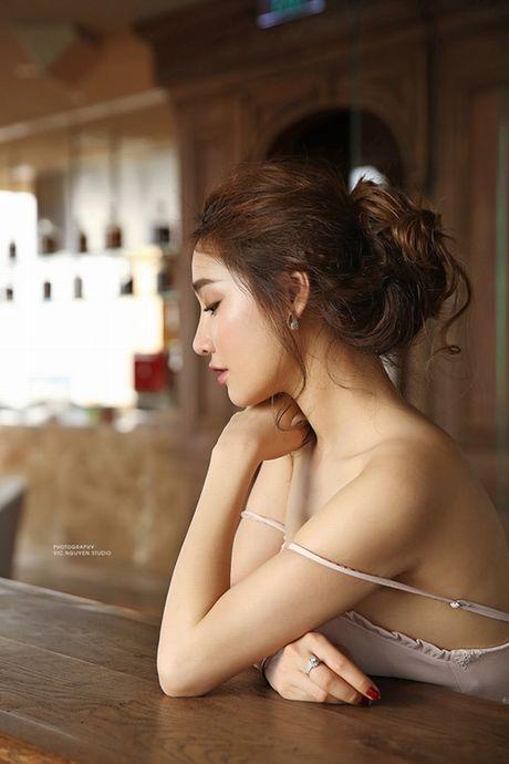 Nha Phuong thoai mai, tu tin khoe nguc dep sau 7 nam - Anh 23