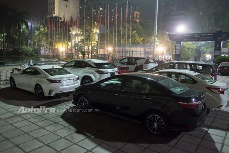 Toyota tung 'hang hot' Fortuner 2017, Lexus mang toi xe sang gia mem GS200t tai VMS 2016 - Anh 9