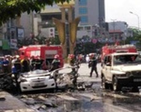 Vu no taxi o Quang Ninh: Khach di xe om min tu sat vi chan nan - Anh 1