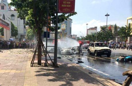 Vu no taxi o Quang Ninh: Khach di xe om min tu sat vi chan nan - Anh 2