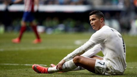 31 tuoi, Ronaldo van muon thi dau them… 1 thap ky - Anh 1