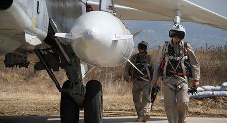 Nga cứu Syria khỏi chịu chung số phận với Libya, Iraq
