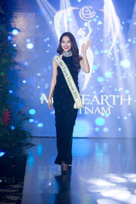 Nam Em tiet lo phan thi tai nang tai Hoa hau Trai dat 2016 - Anh 3
