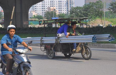 'Hung than' xe ba banh van bua vay Ha Noi - Anh 1