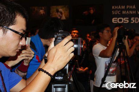 Canon sap ban sieu may anh EOS 5D Mark IV tai Viet Nam - Anh 2