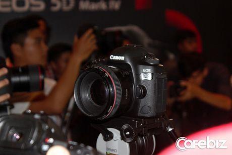 Canon sap ban sieu may anh EOS 5D Mark IV tai Viet Nam - Anh 3