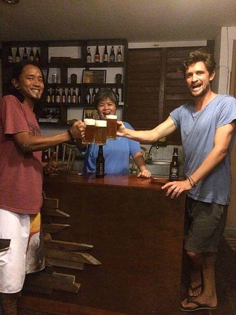 Du lich dao Palawan, Philippines dung quen thuong thuc bia do phu nu san xuat - Anh 3