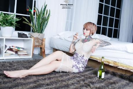 ''Hot girl xam tro'' Dao Chile dan than vao showbiz bang MV day but pha - Anh 1