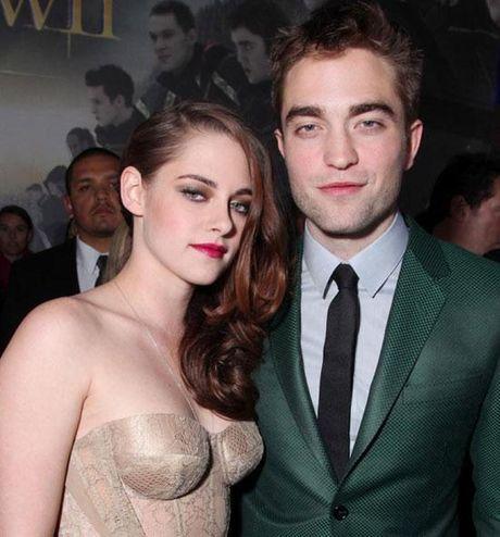 Nguoi dep dong tinh cua Twilight 'dep trai' tren tham do - Anh 8