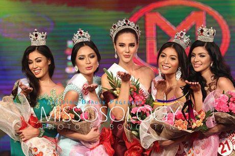 Nguoi dep 22 tuoi dang quang Hoa hau the gioi Philippines - Anh 3